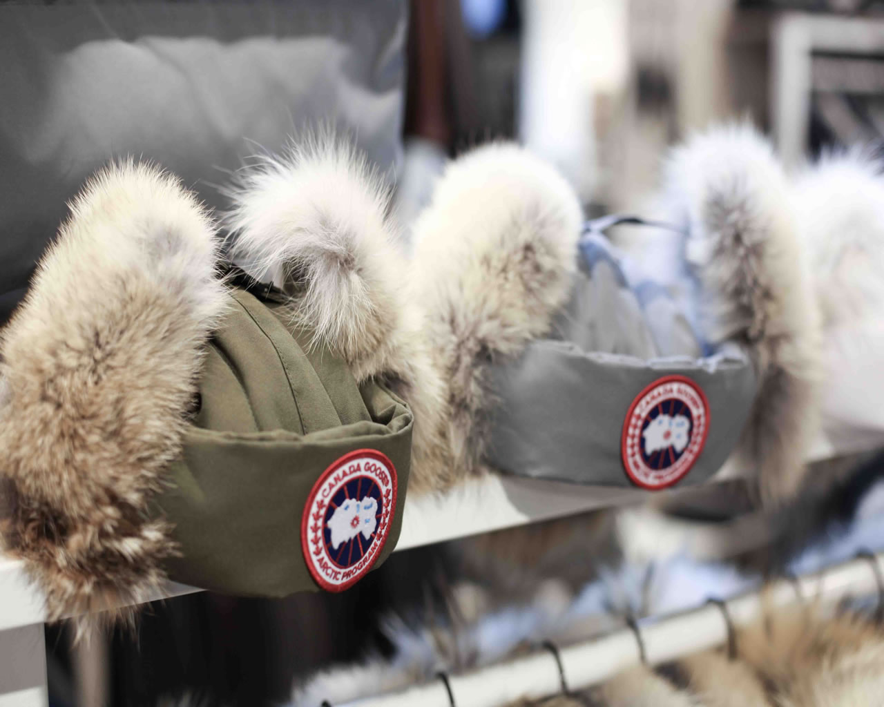 ... canada goose hat mens ... b44b8b585e2